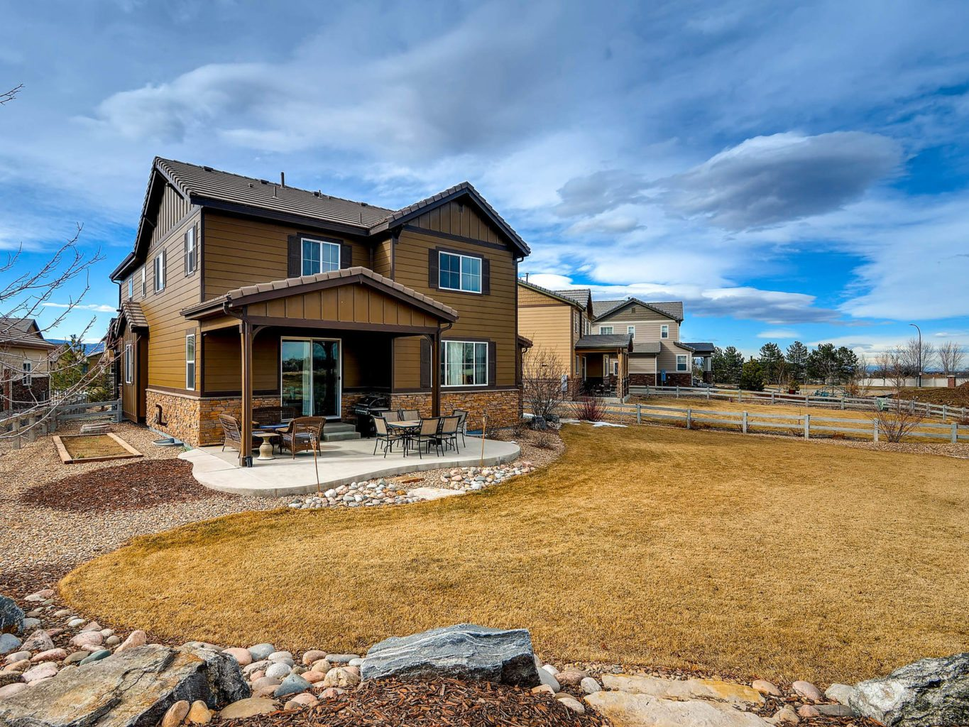 Now Listed At 659 900 Highlands Ranch Home On 1 4 Acre